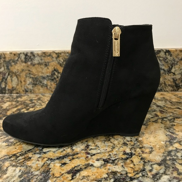 3d273dfa5ad5 Jessica Simpson Shoes - Jessica Simpson suede wedge bootie